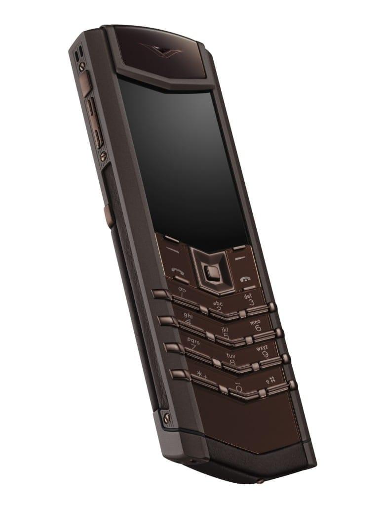 VERTU-Signature-Pure-Chocolate-1-778x1024