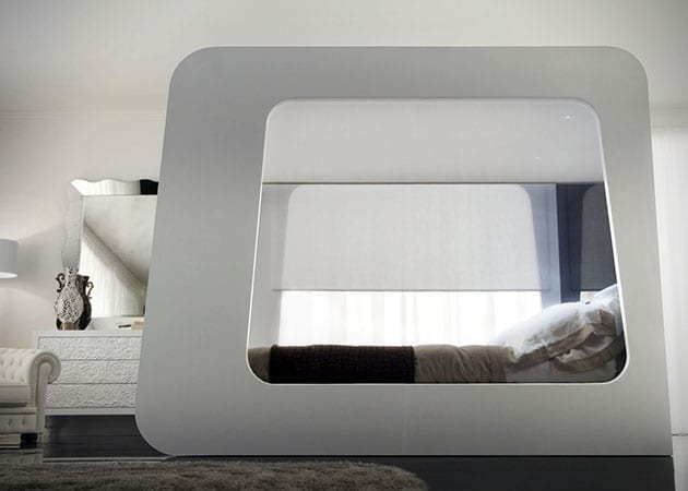 Hi-Can-High-Fidelity-Canopy-Bed-4