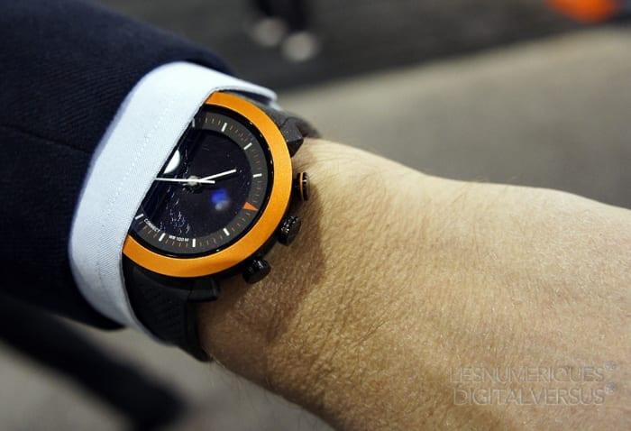 cogito-wrist