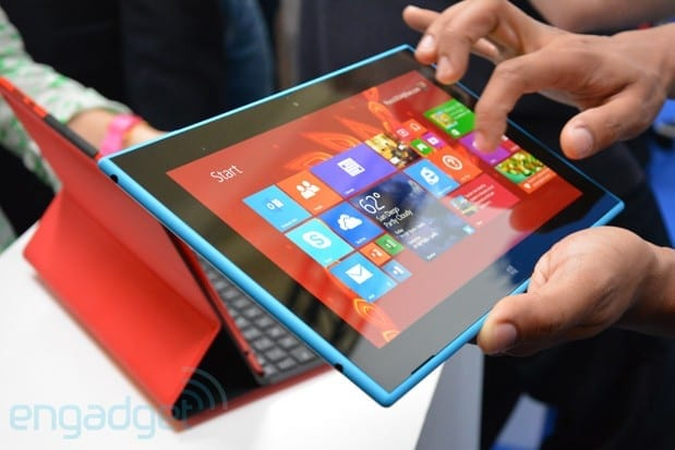 nokia-lumia-2520-hands-on