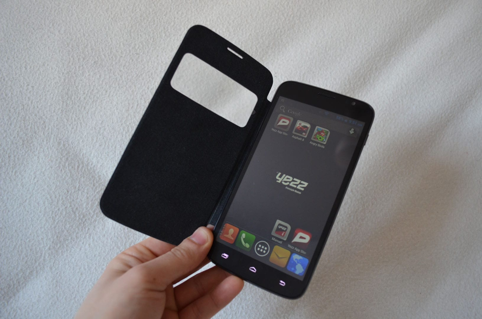 test du smartphone andy a6m de yezz g n ration mobiles. Black Bedroom Furniture Sets. Home Design Ideas