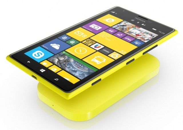 1_lumia_1520_wireless_charging