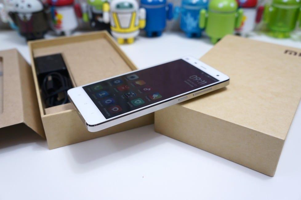 xiaomi-mi4-unboxing-1-978x650
