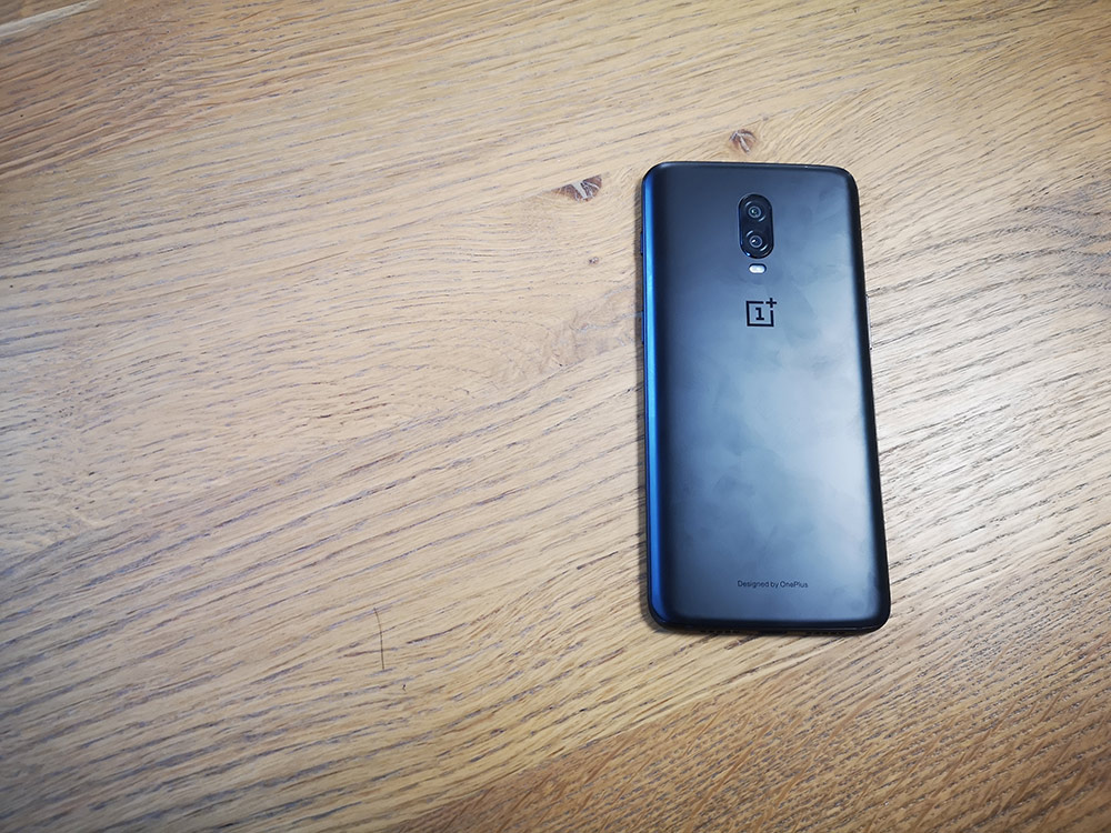 test oneplus 6t design dos